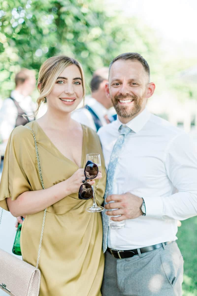 couple during a cocktail during the wedding at chateau de varennes