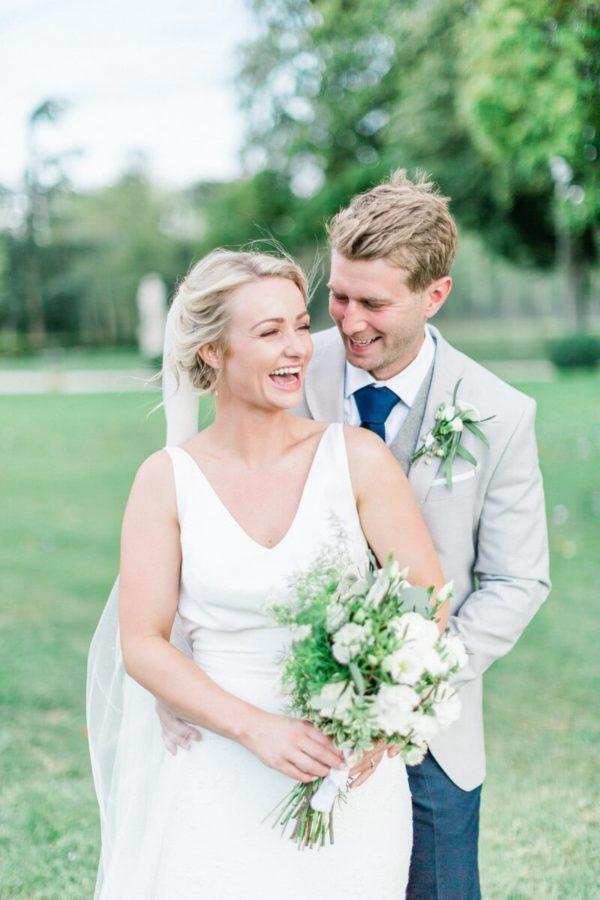 portrait couple qui rit au chateau de varennes