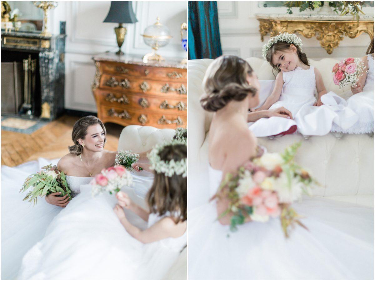 dyptique mariée assise avec petite demoiselle d'honneur avec robe de mariée lana duga au Chateau buisson Garembourg