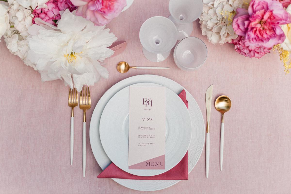 décoration rose table de mariage