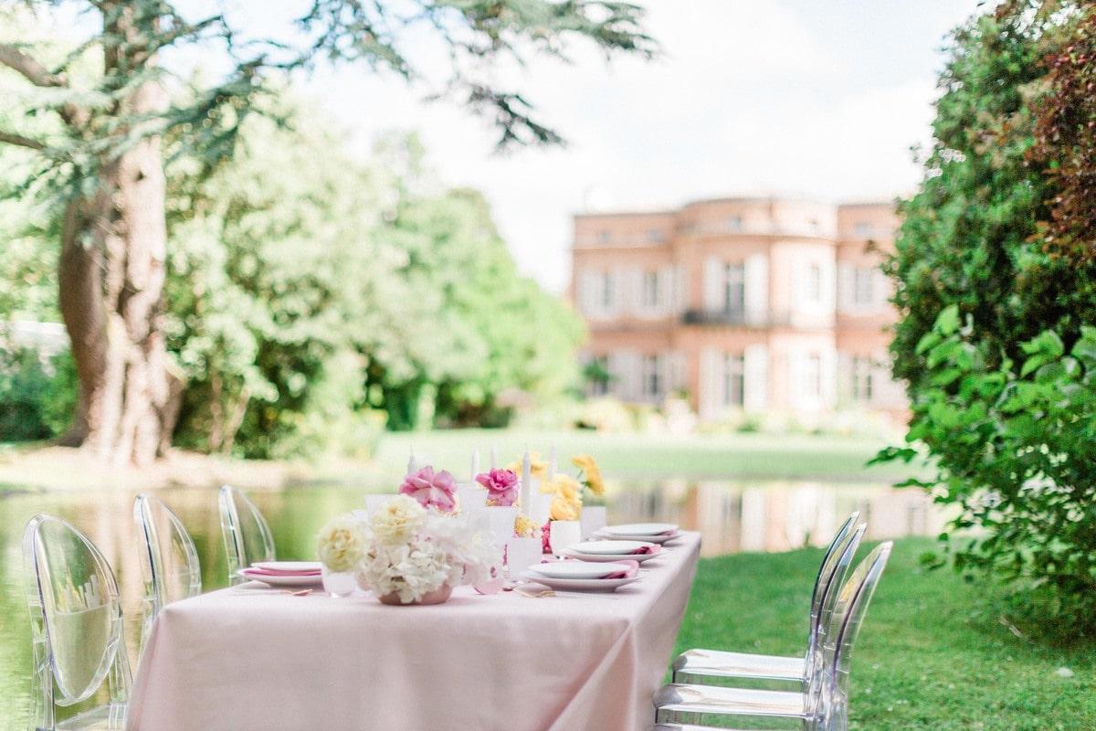 table de mariage face au chateau de roquefoulet