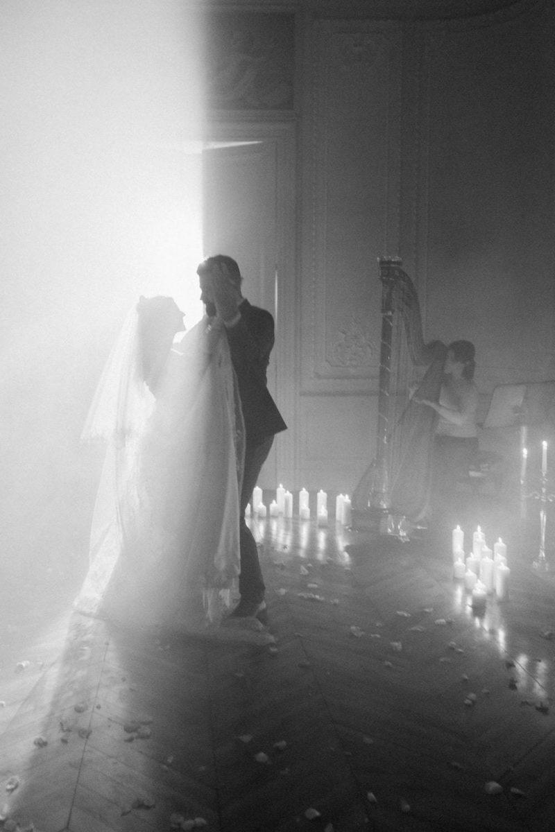 danse de mariés au château de la baronnie